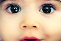 Babies / by Gabriela