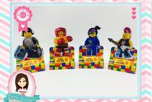 Festa Lego Movie / Festas Criativas e Personalizadas você encontra aqui. Procurando fofuras para a sua festa? Na nossa loja tem! http://danifestas.com.br/