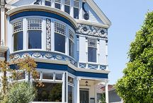 Meg Ryan's Former Home / The home, formerly owned by Meg Ryan, faces the San Francisco Bay.