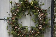 15 bespoke luxury wreath ideas / V V Rouleaux founder Annabel Lewis has designed and created an exquisite range of handmade Bespoke Wreaths featuring seasonal foliage, pine cones, frosted fruits, glitter and baubles. Each wreath fits beautifully within one of V V Rouleaux's four decorations ranges, making it a wonderful introduction to your Glitter & Glam, Country Woodland, Frosted Fantasy or Felt Fun themed home. Choose a wreath from our mood board for the perfect extension of your Christmas décor and personal style.
