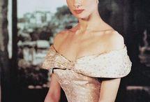 Oh how I love Audrey Hepburn...