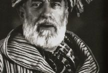The Icon, Mariano / A collection of images chronicling the life and times of artistic design legend Mariano Fortuny