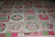 Floral Quilt Patterns / by Kathy Norrod