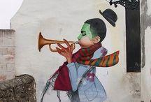 Trumpet musician Street art