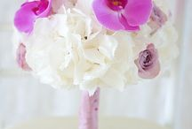 Buchet mireasa hortensia si orhidee roz pal