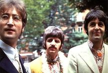 John.. Paul and Ringo.. 1967 ♥
