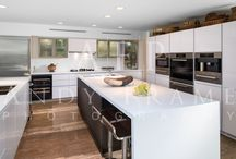 Alno Renovation in Palm Beach, FL / Alno completed a beautiful renovation of a 30 year old Alno kitchen, check out the photos. The customer selected white and brown glass to update their laminate 1970's look.