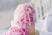 Wedding Cakes Corinne Fudge loves!  / Www.corinnefudgephotography.co.uk