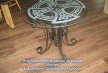 table gravé
