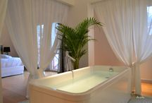 Beautiful Bathrooms in Aquitaine, South West France / Some stunning bathrooms from our holiday rental properties in Aquitaine https://www.alternative-aquitaine.co.uk