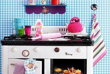 Quartos e brinquedos de crianças / Brinquedos, roupa, etc...