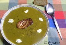 Soups / A warm plate of soup, perfect for cold days!