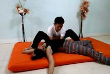 Thai Yoga Massage School / www.yogamassageschool.com