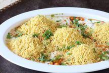 Chat over Chaat! / Spicy, Sweet and tangy Indian snack, the Chaat
