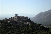 Italy Wanderlust / Top-notch hand-picked Vacation homes and rentals in Italy's villages