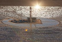The World's Largest Solar Power Plant Uses 300,000 Mirrors / The world's largest solar power plant, Ivanpah Solar Electric Generating System, is now fully functional and producing energy. The solar energy comes from 300,000 computer-controlled mirrors, each 7 feet high and 10 feet wide. They're controlled by computers that focus the Sun's light to the top of 459-feet towers, where water is then turned into steam to power the turbines.
