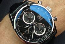 Pour le plaisir des yeux..et du temps qui passe / Des montres, belles selon son goût, ses envies...et sans regarder le prix. Juste la beauté des choses.