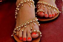 luxurius sandals
