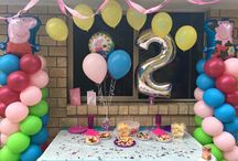 Peppa Pig Party Ideas / Peppa Pig Balloon Decorations