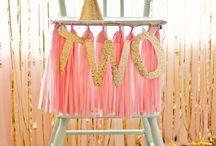 :: Kids Celebrate Chairs ::
