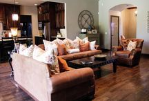 Living rooms / by Rachel Christopher