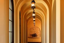 Groin vaulted ceiling / Groin v ceiling