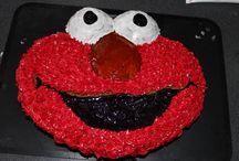 Elmo Party / Lotte ist ein großer Elmo Fan , also musste zum zweiten Geburtstag eine Elmo Party gefeiert werden.