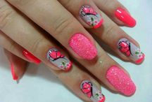 Fabulous Fingernails / Favorite nail designs / by Abigail Milholland