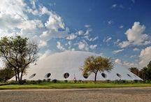 """EXPOSIÇÃO """"INVENTOS"""" / Nesta expo que aconteceu na OCA do Parque Ibirapuera, em Sampa, vimos instalações incríeis!"""