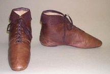 historic shoes and boots / boots