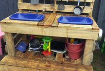 Childrens potting station