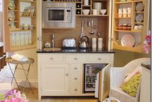 Tiny House Love / by Debbie Bosworth