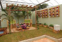 Decoración de Jardines / Para que puedas decorar tu jardín con buen estilo aquí te dejo con diferentes ideas, para decorar un jardín moderno, elegante, clásico, minimalista y más.