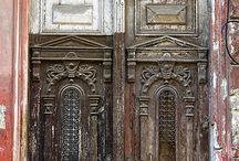 kapılar ve pencereler