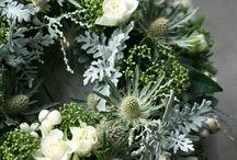{Sympathy} Funeral Flowers