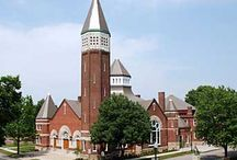 Indiana Landmarks Center campus / The historic Central Avenue Methodist Church, built in three stages - 1891, 1900, and 1922 - serves as Indiana Landmarks' headquarters, with the former sanctuary and Sunday school providing venues for banquets, weddings, receptions, and other functions. Adjacent to Indiana Landmarks Center, the Victorian-era Morris-Butler House offers a rich, historic ambiance for small gatherings.