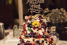 Hochzeitstorten Naked cake von KOKO LORES / KOKO LORES Fruchtbomben