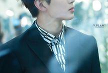 Lee Hongbin ❤ / Nome Atístico:HongBin Nome Verdadeiro:Lee Hong Bin Posição:Rapper Líder,Vocalista de apoio e Visual Nascido em:29 de setembro de 1993 Idade:24 anos Signo:Libra Tipo Sanguíneo:B