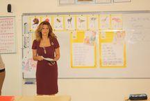 Ataşehir Kampüsü İlkokul Müdürümüz Ayşe Peker 1. Sınıflarımızla / Ataşehir Kampüsü İlkokul Müdürümüz Ayşe Peker, 1. sınıflarımızla ders yaparak sınıf öğretmenliği günlerine geri döndü.Okul müdürleriyle keyifli anlar yaşayan öğrenciler Türkçe dersindeki başarılarını dikte çalışması ile sergilediler.
