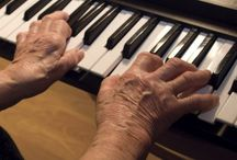 Hands-on  Activities / A variety of hands-on, interactive, challenging and engaging activities for people with Alzheimer's or dementia and also people in aged care