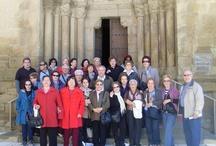Visita del Aula Cultural Nuevas Amistades de Madrid / El Aula Cultural Nuevas Amistades de Madrid nos ha visitado en la mañana de hoy. Lo hemos pasado estupendamente visitando la Iglesia de El Salvador y dando un paseo por la calle Mediavilla hasta la Plaza de España.