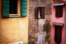 Beautiful Places & Spaces / by Mellisa Klann-Reyes