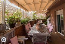 Ático en Embajadores / Fantástico piso de 127m2 con 50 m2 de terraza, en la zona de Embajadores.  Se trata de una vivienda sencilla pero llena de encanto y buen gusto. Acogedora, nada más atravesar el umbral de entrada e impecable en todos sus aspectos. La terraza, sin duda alguna se convierte en el rincón fetiche de la casa, perfecta para disfrutar de las largas tardes de verano.  http://www.gilmar.es/FichaPiso.aspx?id=83630&moneda=e