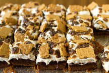 yummy Dessert Bars / by Melissa Burckel