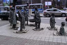 Art by Jerzy Kalina / I'm enjoying these statues by Jerzy Kalina, something about them is so haunting. I love it