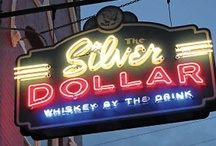 Neon-Shingle / Neon signs, particularly of a horizontal shape and hung much like a business shingle. / by alison lamons