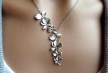 """FREE """"Orchid"""" Necklace - Just Pay Shipping!"""