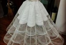 Fondasi Gown