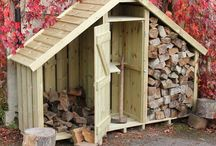 Wimborne Log Store / The Wimborne Log Store is combined with a Garden Store and a kindling shelf in one neat stylish unit.