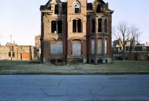 //Detroit abandonné// / se perdre une dernière fois à Detroit... / by Marion Gaillien